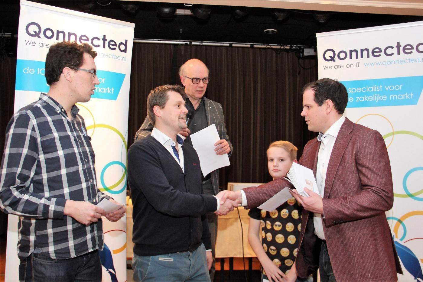 Ilja schneider uit hannover wint 44ste qonnected for Auto veurink ommen