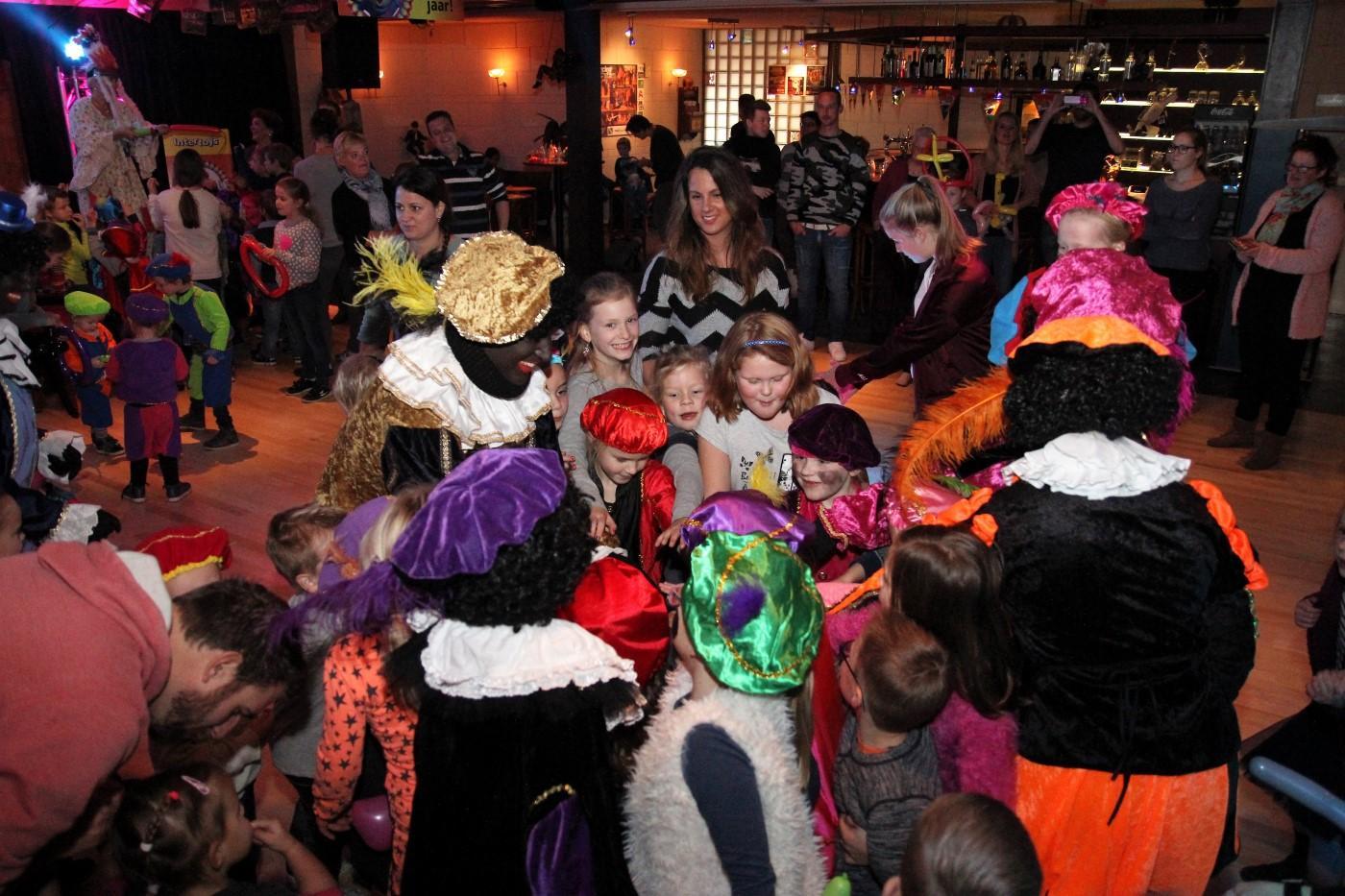 sinterklaasfeest-circus-2016-61